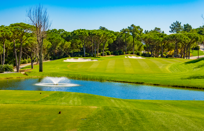 Quinta do Lago North course separated by a lake