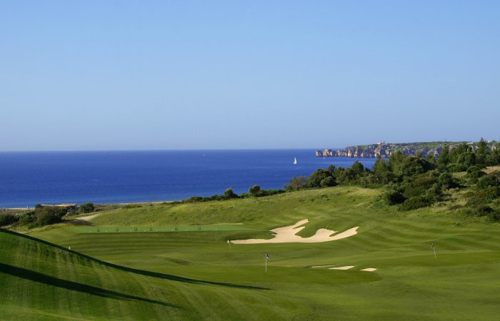 Palmares Golf Course with view to the beach