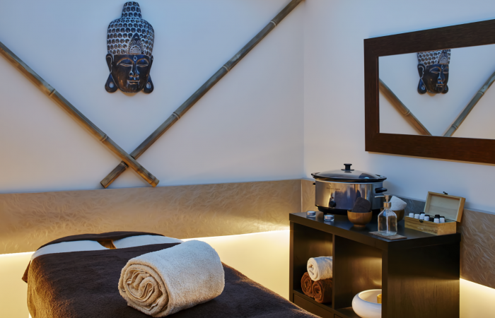 Room with massage bed
